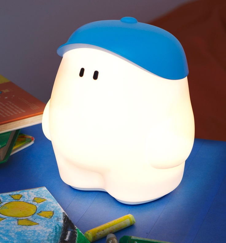 Spectacular A cute source of light that acpanies your little ones u Philips myBuddy in Blue