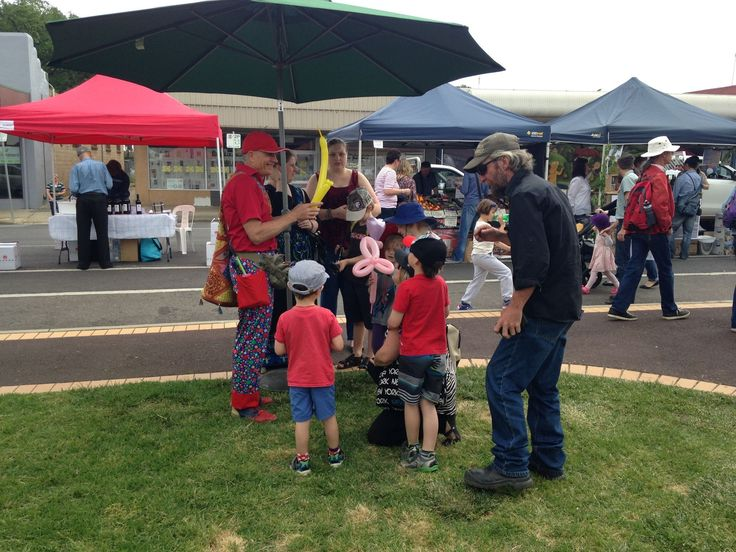 Looks like there's something for the whole family at this year's Tastes of the Goulburn. It's a great day out to explore the amazing local produce and award winning wines of the region. Better yet you can ride a historic steam train from Spencer Street all the way to Seymour just for this event!  Saturday 15th October | 10am - 4pm | Station Street Seymour  #visitheartofvic
