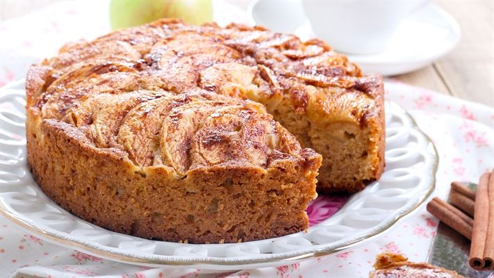 Apple tea cake | OverSixty
