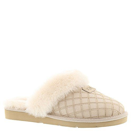 6353cdcc973 Women's Cozy Double Diamond Holiday Box Slippers -- Read more ...