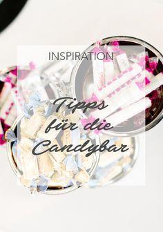 Candybars liegen im Trend. Eine Candybar ist eine perfekte Möglichkeit, um die Gäste beim Empfang mit Süßem zu verwöhnen. Wir verraten euch, worauf ihr bei der Gestaltung einer Candybar auf einer Hochzeit acht geben solltet. #hochzeit #heiraten #wedding #weddings #love #hochzeitsdeko #inspiration #ideas #ideen #candybar #cake #weddingcake #sweettable