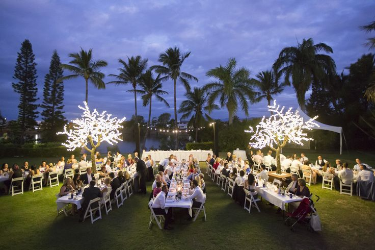 Outdoor Wedding Reception - Mercure Townsville - Lakeside Lawn - Tropical Gardens - Beautiful - Photo Credit: Stephen Lane Photography