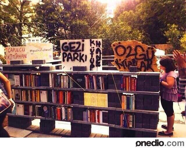 A makeshift microlibrary has popped up in occupied Gezi Park in Turkey, where protesters can pick up something to read.