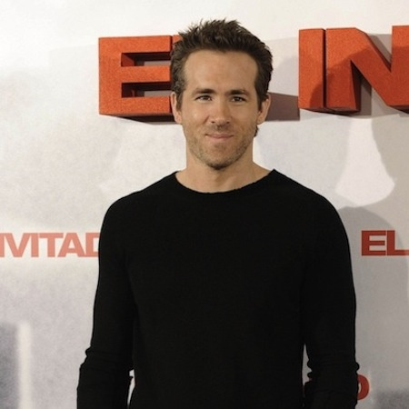 Eyebrow advice offered by Ryan Reynolds who doesn't like to see men with over plucked eyebrows.....  http://www.herworldplus.com/mensex/updates/mensex-updates-ryan-reynolds-offers-eyebrow-advice