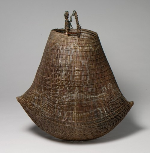 This form has so much energy ! Basket (Jawun)  19th–early 20th century  Australia, Northern Queensland,