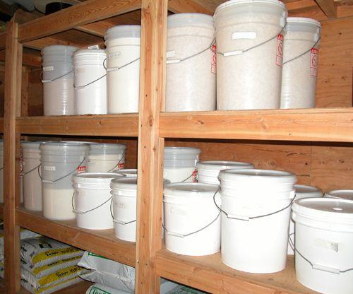 Bulk Food Storage 101: Using Plastic Buckets and Mylar