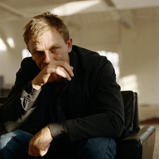 Photos of Famous Men Crying, by Sam Taylor-Wood http://www.mymodernmet.com/profiles/blogs/when-grown-men-cry-13-famous
