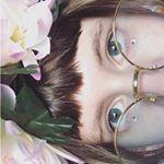"21 aprecieri, 1 comentarii - 🌙Witchy Girl🌙 (@pap_andrada) pe Instagram: ""#2 My second festival look... dreds... #festival #untold #festivalmakeup#lookbook #fashion #school…"""