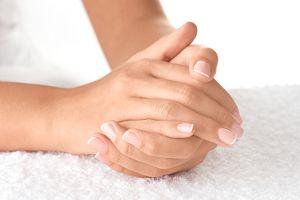 Handpflege: Tipps für gepflegte Hände und Fingernägel (im Büro)