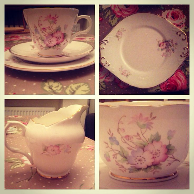 New set. Comes with sugar bowl, milk jug and a serving plate. Love!