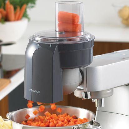 L'ACCESSOIRE A BRUNOISE Nos accessoires pour râper, émincer et tailler en grande quantité vous permettent de préparer vos fruits et légumes sans les abîmer. A vous de choisir quel appareil est le plus adapté pour vos recettes !.