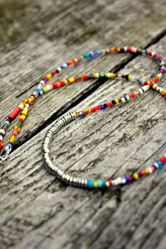 boho seed bead necklace--I like the simplicity.