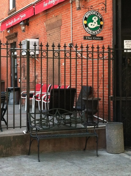 Shopfront Bench in front of The Gate - 321 Fifth Avenue, Brooklyn, NY 11215 - Photo: Eric McClure
