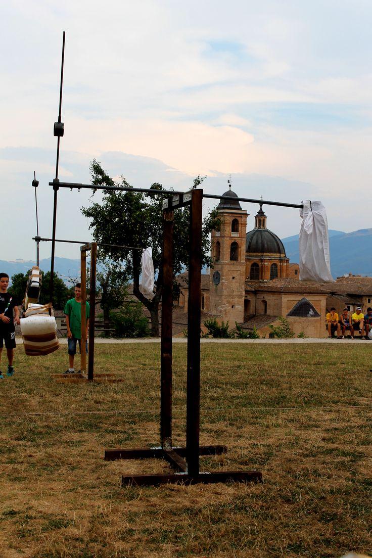 urbino pu marche italy festa del duca 2015 percorso ad ostacoli
