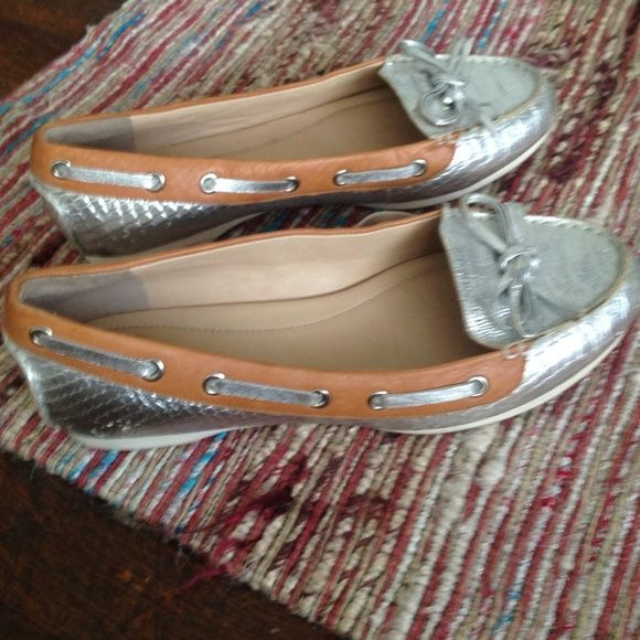 BOAT fun🔻Leather silver and camel dock shoe So cute !!! Comfortable and fun.great condition Joan & David Shoes
