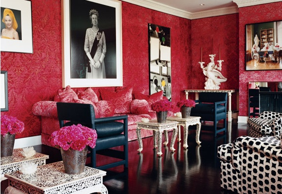 So beautiful: Bedrooms Theme, Living Rooms, Red Wall, Design Interiors, The Queen, Interiors Design, Design Bedrooms, Bedrooms Interiors, Chinoiserie Chic