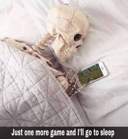 Pubg Meme Funny Laugh Https Minusnut Com Funny Gaming Memes Funny Games Crazy Funny Memes