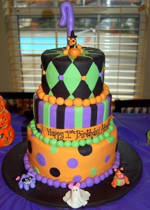 halloween fondant figures   tier fondant cake with fondant figurines of Pooh, Eeyore, Tigger and ...