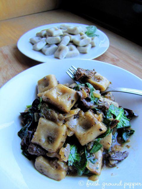 Purple potato gnocchi with parasol mushroom sauce and spinach. Sooo goood !