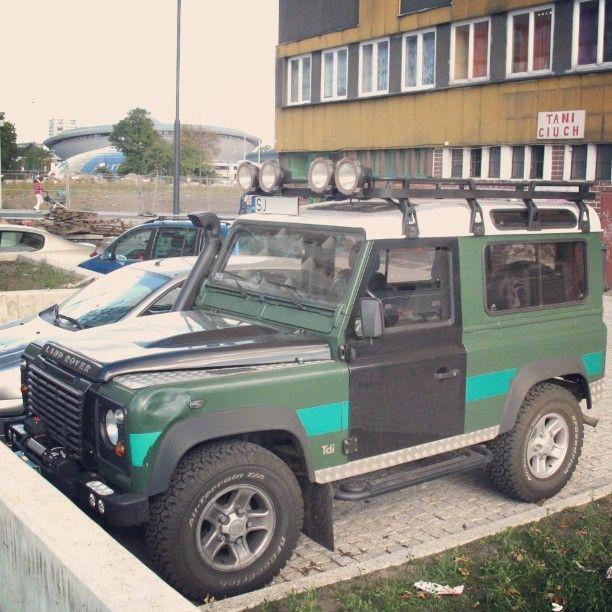 #land #rover #landrover #defender #landroverdefender #car #oldcar #classiccar #youngtimer #terenowy #landy #offroad #instacar #alloywheels #alloys #tdi #Katowice #Spodek by peteretro #land #rover #landrover #defender #landroverdefender #car #oldcar #classiccar #youngtimer #terenowy #landy #offroad #instacar #alloywheels #alloys #tdi #Katowice #Spodek