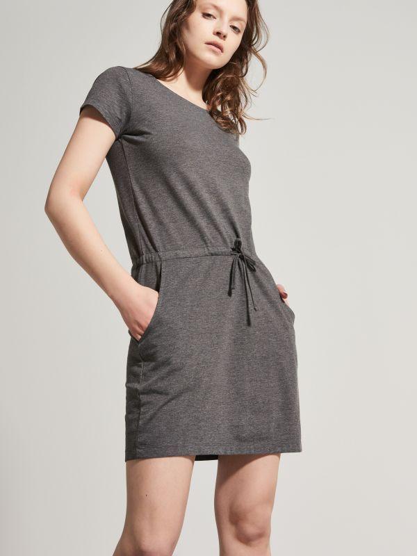 HOUSE / Sportowa sukienka z miękkiej dzianiny  RU731-90M