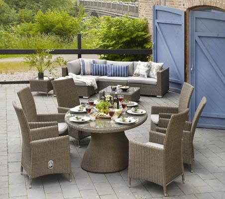 Ninja positionsstol – Ninja är en komplett serie med bl.a. positionsstol och ovalt bord som på bilden. Utemöbler, trädgårdsmöbler, Outdoor furniture.