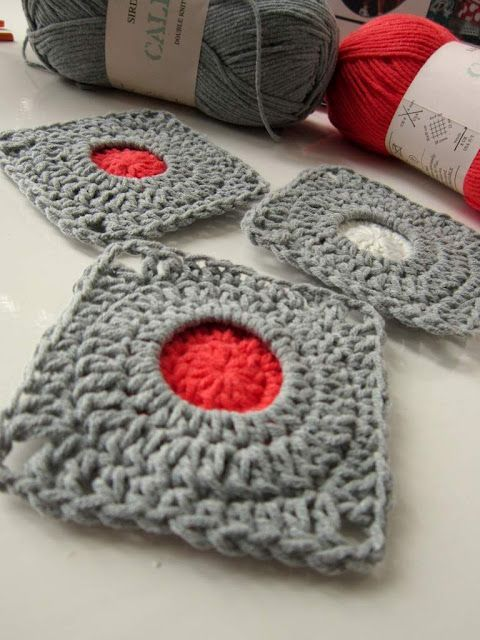 Porthole Square tutorial. ♥: Squares Patterns, Crochet Granny, Simple Life, Crochet Tutorials, Crochet Squares, Crochet Crafts, Granny Squares, Crochet Patterns, Porthole Squares