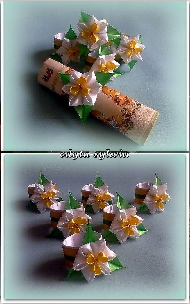 Zobacz zdjęcie Pierścienie do serwetek z kwiatami typu kanzashi w pełnej rozdzielczości