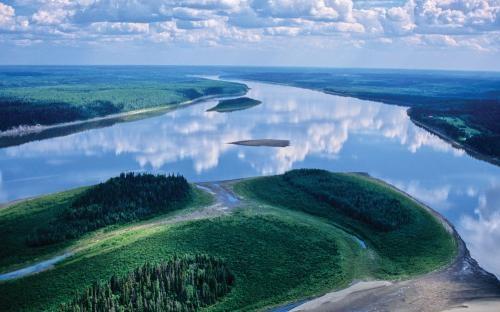 Mackenzie River, Dehcho Region, NT