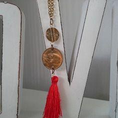 Collana con moneta della grecia