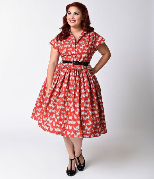 Were in need of a kaboodle of kittens, dames! A darling midcentury vintage frock from Bernie Dexter crafted from breezy lightweight cotton and featuring an exquisite red background with adorable kittens printed over the entirety. Pure retro plus size dre