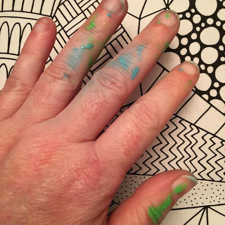 I've been painting today green and blue I'll show you the results tomorrow. #paint #spraypaint #green #blue #hand #handmade