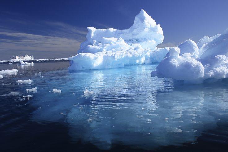 iceberg-small.jpg (2000×1333)