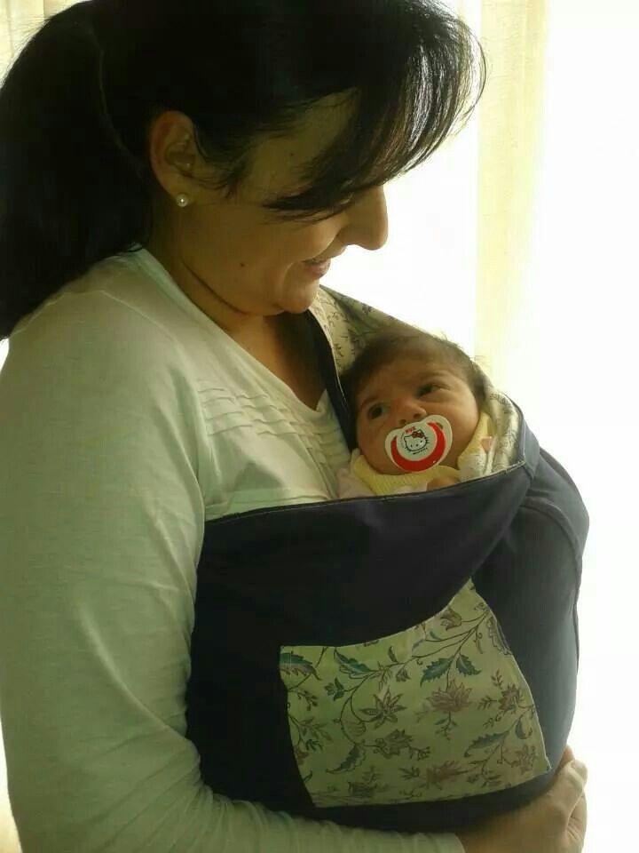 Sling reversível handmade, feito à medida de cada mãe, com bolso. Óptimo para as cólicas,  para reconfortar o bebé e a mãe,  para ter as mãos livres. Desde os 0 meses até aos 2 anos.  https://www.facebook.com/EraUmaVezUmaErvilha