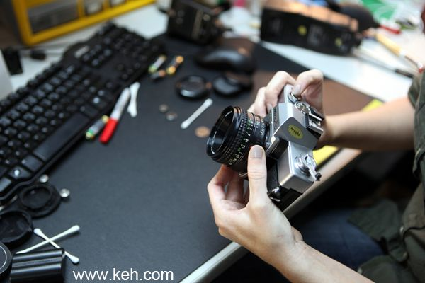 Great Tips for Buying Used Camera Equipment! Things you need to know. iHeartFaces.com