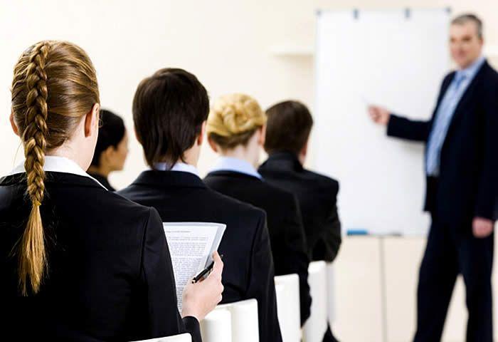 A Faculdade Anhanguera de Santa Bárbara começará mais uma temporada de cursos de férias gratuitos para aqueles que buscam uma atualização profissional