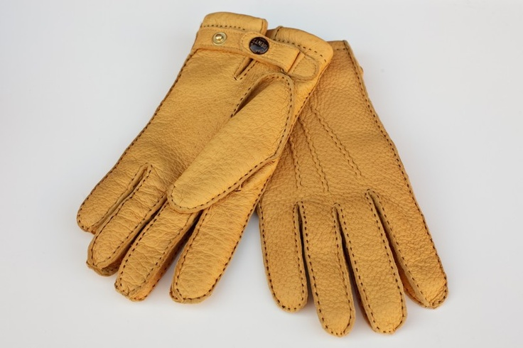Peccary leather gloves