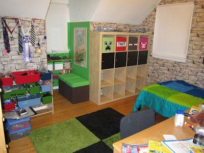 Goldilocks and the Four Bears: Brennan's Minecraft Bedroom