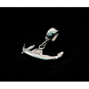 Gondola monument charm silver  Buy online  https://www.eredijovon.com/en/10-monument-charms-pandora-compatible-silver  #italianpandoracompatiblecharms #luckycharms #handmadecharms #venicecharms #rialtobridgecharm #gondolacharm
