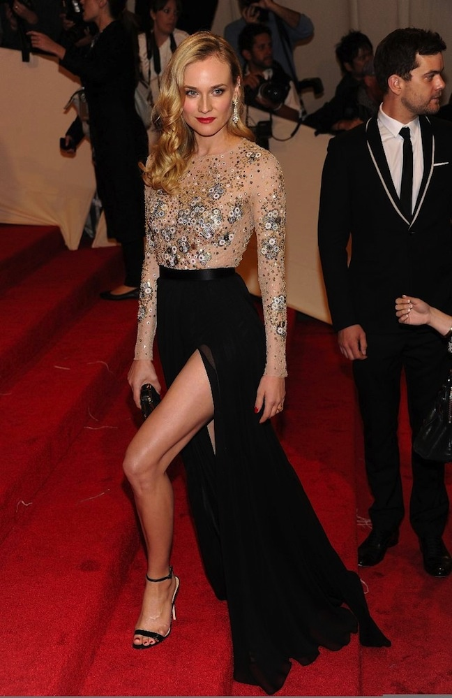 Diane Kruger Style Icon ... How awesome is this gown. Beauty  class.