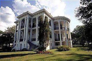 1800s plantation house it's not Victorian but it's a beauty