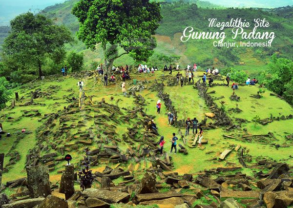 gunung padang - This unprecedented historical discovery will rewrite our history!