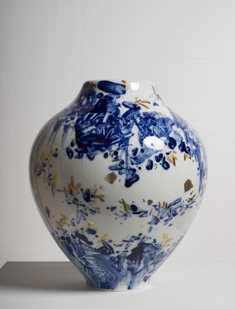 """florilegus:  """"Vase No. 29, 2008 - Chu Teh-Chun  porcelain, hand painted by the artist with highlights in gold, unique  """""""