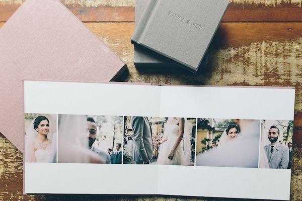 O álbum fotográfico do Duo Borgatto se destaca pela diagramação especial e uso do papel silk