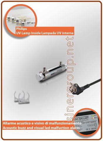 """UltraRays sistema UV Completo 11W. 1/4"""" F.  Costruito in corpo in acciaio Inox AISI 304, il sistema è compreso di clip per il fissaggio. * Pressione massima di esercizio: 10bar (145psi) * Radiazione ultravioletta: 30.000 W/cm2 * Portata acqua filtrata: 3LT/MIN. (0,8 GPM) * Portata acqua osmotizzata: 3,8LT/MIN. (1 GPM) * Alimentazione: 220-240V 50/60Hz 0,07A * Ratio alimentazione: 14W. * Philips vita media lampada: 9.000h. - max. 1 anno * Dimensioni (mm.): L. 251 x Ø 51"""