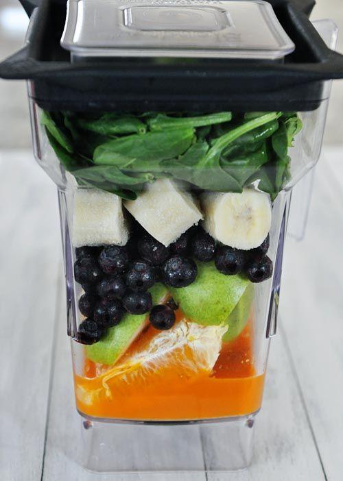 My Favorite Breakfast Smoothie (GF) (carrot juice,orange, lime, pear, spinach, banana, frozen berries)