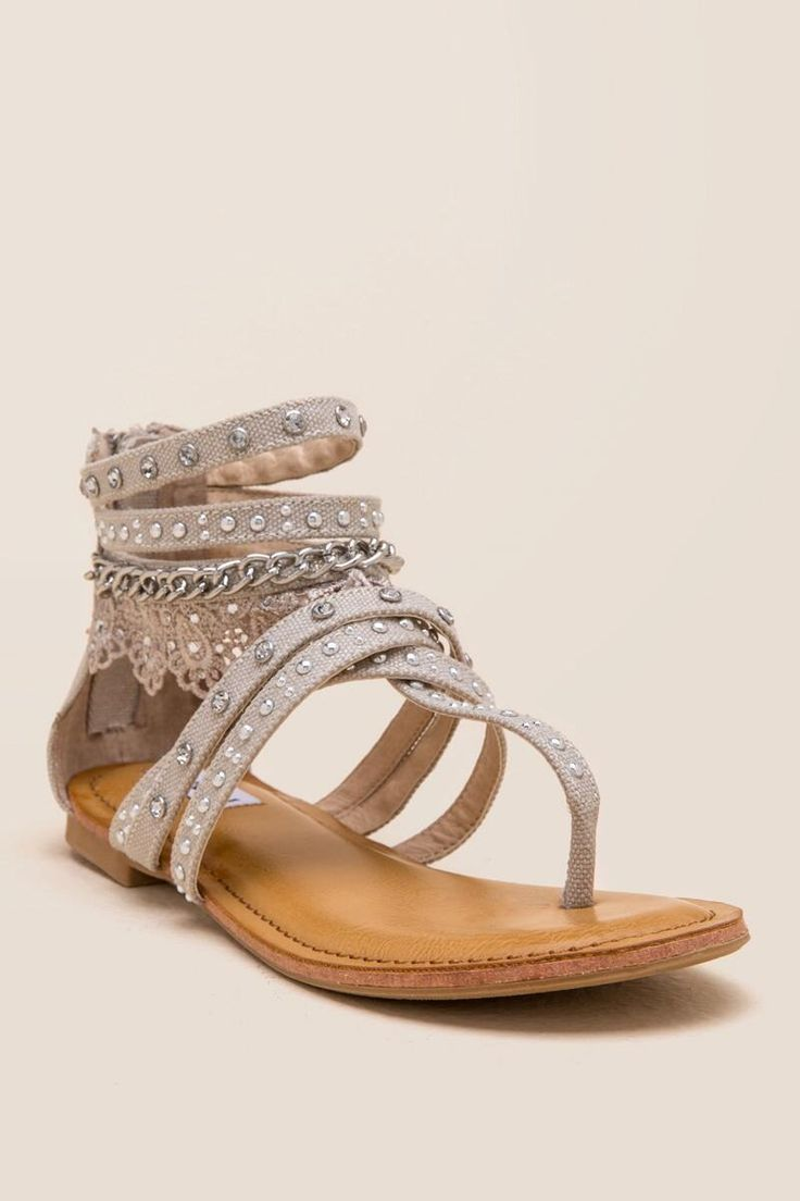 Women's sandals with zip