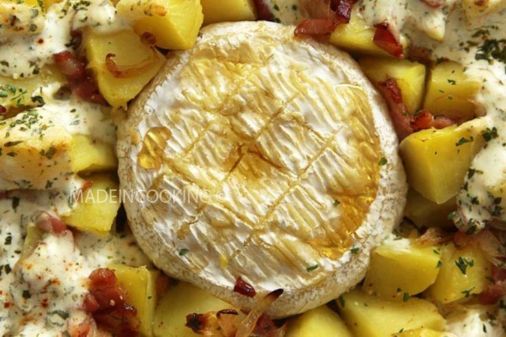 Camembert au miel cuit au four