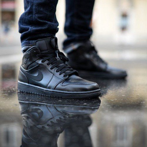 huge discount a926e c79d1 Air Jordan 1 Black Mid  Phresh Kicks  Pinterest  Air jordans, Jordan 1  black and Sneakers outfit men