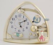 Rhythm Clocks Sweet Bears  Model 4SG762WR18 -- Want additional info? Click on the image.